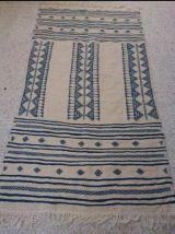Tapis kilim beige et bleu fait main en pure laine