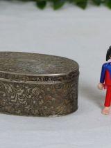 Petite boite à bijoux en métal argenté