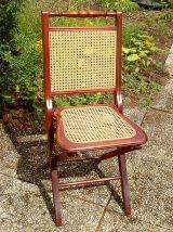 chaise cannée pliable en bois