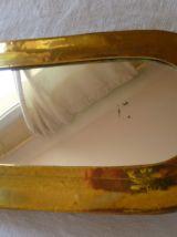 Charmant petit miroir laiton artisanal Inde vintage