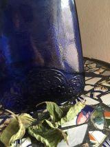 Flacon au beau bleu cobalt.