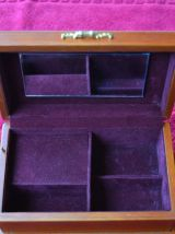 2 boites à Musique Bijoux laque et bois