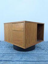 Table basse pivotante ou meuble de rangement années 70