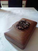 coffret bois sculpté fleur