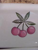 BEURRIER- céramique décor  cerises