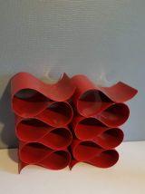 porte-bouteilles design en métal rouge (lot de 2)  années 70