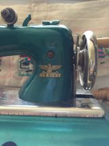 Jouet machine à coudre CASIGE années 40