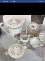 Service vaisselle véritable porcelaine berry Chauvigny