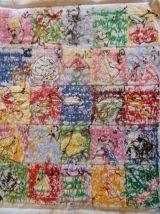 Abécédaire en coton brodé à la main 37 x 30 cm