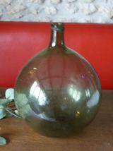 Dame Jeanne, bouteille ronde en verre vert, vintage