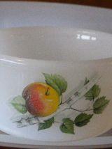 Service ARCOPAL les pommes, composé de 12 pieces vintage 70