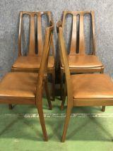 Suite de 4 chaises en teck et skaï - années 70