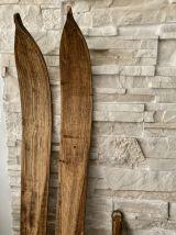 Paire de ski vintage en bois