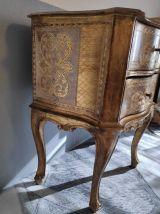 chevet style vénitien du XIXe siècle doré à la feuille d'or