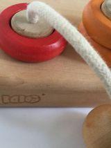 Jeu d'anneaux en bois de la marque BIAO