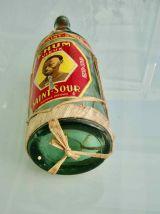Bouteille de rhum Saint-Sour années 30