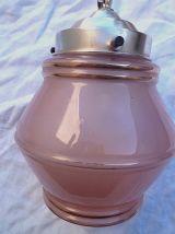 suspension ancienne  verre  rose