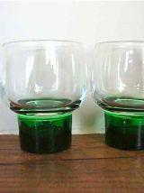 Set de 6 petits verres sur pied