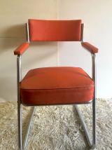 Fauteuil style industriel skaï rouge – années 50