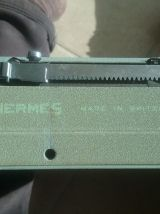 Machine à écrire portative en parfait état HERMES BABY