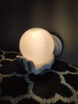 applique main grande en céramique et opaline blanches