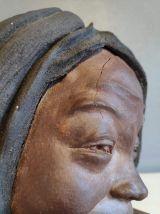 buste  en terre cuite jeune femme accoudée
