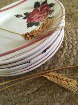 Assiettes plates aux roses Digoin Sarreguemines.