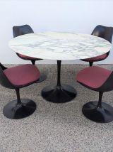 Table à manger Tulipe Knoll Saarinen vintage