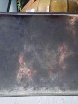 Jolie boite publicitaire en tôle lithographiée
