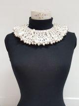 collier fausses perles collerette