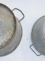Paire de petites bassines en métal zingué