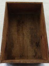 Caisse d'épicerie en bois ancienne