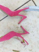 Escarpins cuir daim rose fushia P. 35