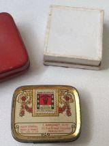 Lot de petites boites anciennes (2 en métal, 1 en carton)