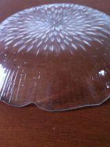 Lot de 5 assiettes vintage en verre moulé