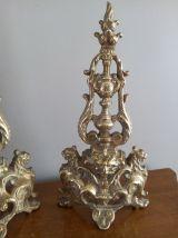 Paire d'objets de vitrine, de décoration, en bronze. Fin 19è