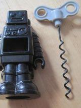 tire bouchon en forme de robot  taille