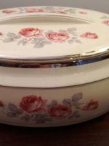 Boite à gâteaux Art Déco années 20 Porcelaine