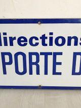 """Plaque de métro """"Mairie d'Issy - Porte de la Chapelle"""""""