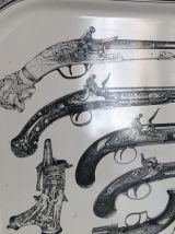 Plateau en métal guns design Piero Fornasetti vintage 1960 -