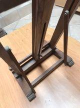 Chevalet de table vintage à réparer