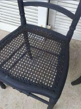 Set de quatre chaises vintage dépareillées