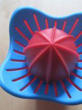 Presse agrumes 3 pieces vintage forme de fleur