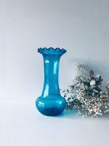 Grand vase bleu en verre