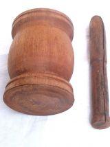 mortier et pilon en bois ,vintage