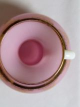 Vase en verre opaline et camée