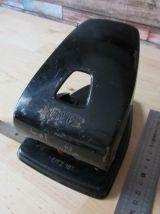 grand perforateur de bureau vintage 1950 leitz