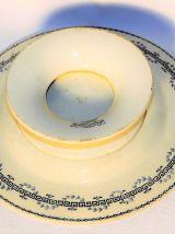 Coupe sur pied faïence ancienne. Porcelaine opaque de Gien