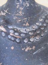 vase terre cuite africaine  tête de femme et serpent