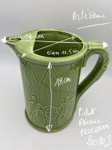 Pichet ancien en faïence verte  Arlésienne